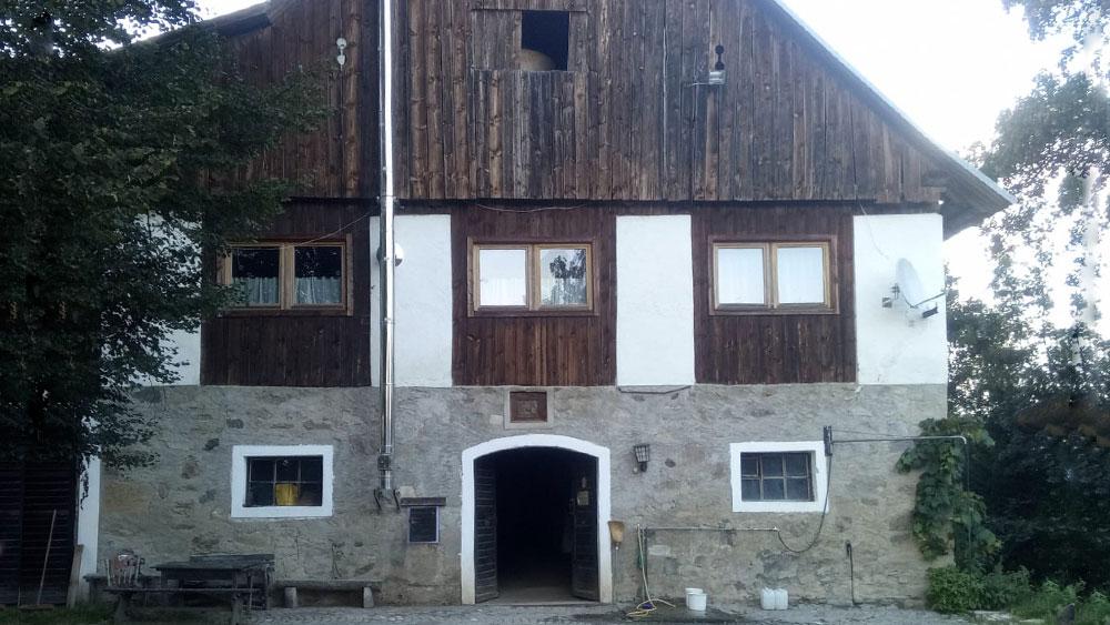 Reitstall - Stallgebäude des Reiterhof Kaidern bei Feldkirchen in Kärnten
